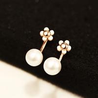 nueva moda de Corea del estilo sencillo después de colgar pendientes de perlas para las mujeres en blanco y negro pendientes de la flor azul de moda de gama alta joyería de regalo
