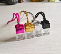 Cubo Hollow Car Bottiglia di profumo Bottiglia posteriore Ornamento Appeso Aria Deodorante per oli essenziali Diffusore Fragranze Vuoto Pendente in vetro Vuoto