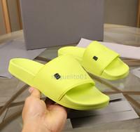 2020 Paris BAL Slides para hombre para mujer Sandalias de verano Sandalias de playa Zapatillas de playa Flip Flops Mocasines Negro Ourdoor Inicio Diapositivas Chaussure Shoes