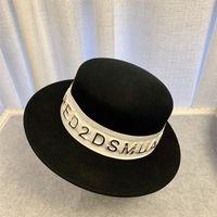 Ampia Brim delle donne hanno ritenuto Fedora Hat 100% feltro di lana Cappello Panama con Hot oro Lettera tessitura