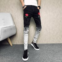 Marca Jeans Verão Men Moda 2019 Personalidade Patchwork Cor Ripped Jeans Slim Fit Casual Bordado Streetwear Denim Pants MX200814