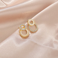 ZTW2s Internet celebrity asymmetric earring diamond earrings...