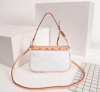 2020 핫 최고 품질의 디자이너 가방 빈티지 핸드백 어깨에 매는 가방 메신저 쇼핑 가방 화장품 가방 크로스 바디 백 미니 백 포켓