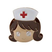 Coeur strass infirmière docteur en médecine Symbole émail Infirmière d'ange Forme rétractable Badge clip Nom bobine Badge