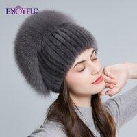 Berretto / cranio Caps Giadefur Donne invernali Cappelli reali a mano Sewn Natural con Top Bluffy Fur Fashion Strass Rose Berryies
