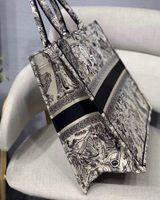 Zur besten Qualität klassisch bunte Buch Totes Tasche Designer Handtasche bestickte Tasche Große Kapazität Travel Leinwand Einkaufstasche Anpassbare Name