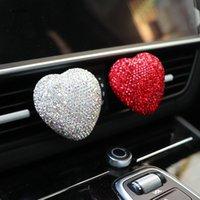 Carre d'accompagnement de voiture Diamond Crystal Share Crystal Shape Parfum Outlet Outlet Panneau de parfum de parfum Ornements pour filles