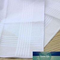 100% хлопок сатин Платок белый цвет Таблица Handkerchief Super Soft Карман буксиров Квадраты 34см Бесплатная доставка