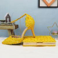 Zapatos de boda de flores de oro BaoYaFang y la bolsa de conjunto de perlas de tacón del zapato punta estrecha tobillo partido de las señoras de la correa con bolso a juego con cordones