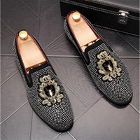 VIVODSICCO Embroidery Men loafers Black Diamond Rhinestones Spikes men shoes Rivets Casual Flats sneakers wholesale