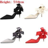 scarpe raso di Bowknot Shallow Stilettos donne design di lusso perla sexy vestito da partito tacchi alti un'estate Classic Scarpe donna