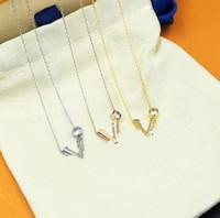 Collar de acero de la moda Collar de acero de titanio Collar de diamantes de alta calidad Collar de pareja de moda de la forma de la oferta personalizada