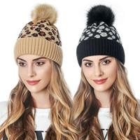 Piel Pom Poms punto Hat Gorros leopardo elegante para las mujeres de invierno cálido sombrero Mujer Beanie Cap Top-Quailty envío de la gota
