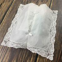 Couvercle de boîte de tissu avec dentelle brochette brodée / blanc 100% coton tissu blanc nettoyage de 4
