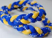 Свободная перевозка груза ткет веревка Спиральные канаты Baseball белый с красным стежком спорта германий титана Торнадо плетеный ожерелья Royal Blue Yellow