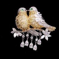 2020 العلامة التجارية الأوروبية زهرة الزركون عالية الجودة الفاخرة المرصعة الطيور بروش المجوهرات مزاج النساء الراقية دبابيس الزركون الدقيق بروش هدية