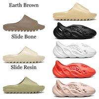 2021 Slaytlar Terlik Köpük Koşucu Çöl Kum Üçlü Siyah Kemik Beyaz Reçine Slayt Sandal Erkek Terlik Kutusu