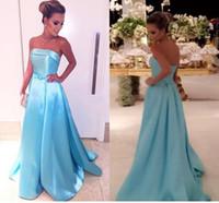 2021 trägerlose Abendkleider mit Bogen Ruhn Satin Bodenlänge Einfache Abendkleider Formale Prom Kleider