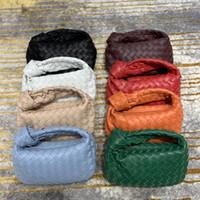 2021 클래식 작은 사각형 가방 고급 디자이너 핸드백 대용량 핸드백 하이 엔드 패션 가방 4 색을 사용할 수있는 간단한 모양이 더 매력적입니다.