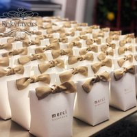 70pcs Merci Beaucoup 호의 상자 기념일 이벤트 사탕 상자 결혼식 호의 파티 선물 패키지 작은 것들 선물 상자 테이블 장식 아이디어