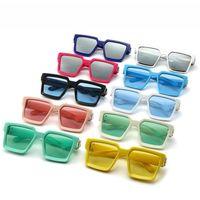 Hotsale de la máquina de la vendimia del punk estilo fresco gafas de sol del marco de espesor con colores claros UV400 lentes de diseño de bisagra especial al por mayor
