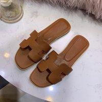 Hermes slippers fles classiques femme plage Cartoon été lusso Big Head Chaussons Progettista plates en cuir chaussures femme Hôtel bain pantoufles Grand