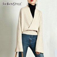 TWOTWINSTYLE Zarif Örme Triko Kadınlar Uzun Kollu V Yaka Kazak Bayan Günlük Moda Triko 2020 Sonbahar Tide CX200814 Tops
