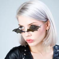 Nueva Forma 2020 Bat gafas de sol sin montura hombres de las mujeres de la vendimia Gafas de sol para las mujeres lente clara Eyewear Marca Tendencia Streetwear