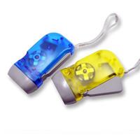 3LED Handpresse Camping Taschenlampen Energiespar Taschenlampe Dynamo-Nachtlicht Outdoor-Handpresse Kurbel Taschenlampen
