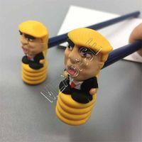 Donald Trump Martillos Juguetes lápiz con el martillo de PVC de 2 pedazos novedad de la manera de visualización en escritorio del lápiz de Ruidos Lápiz muñecas D81707