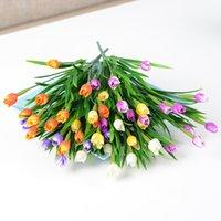 7 Jefes artificial flores de los tulipanes PE Rose Decoración lavanda Colores tuerca y la cola del banquete de boda para el látex ramo de novia Decoración