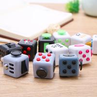 192pcs / lot fidget 큐브 장난감 안티 - 불안 릴리프 짜기 마법의 감압 장난감 도매 고품질 저항 큐브 DHL 무료 배송