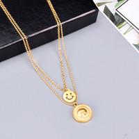 Europee e americane di moda oro 18 carati placcato Squisito Sun Smiley Collana Femminile Pila Indossando Retro catena d'acciaio di titanio Clavicola