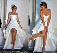2020 Mariage Vintage Robes Une ligne profonde froncé Décolleté une ligne à haute bas de mariée en satin robe de mariée robe de Novia