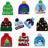 LED ضوء المتابعة عيد الميلاد حك قبعة عيد الميلاد ندفة الثلج الكروشيه القبعات ضوء شدة الورد الكرة تزلج كاب في الهواء الطلق دافئ بيني كاب الجمجمة IIA549