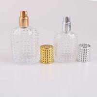 Alto grau de 30ml 50ml de vidro reutilizáveis Perfume Garrafa Vazia Maquiagem atomizador bomba de pulverização Garrafas com ouro e da prata do tampão