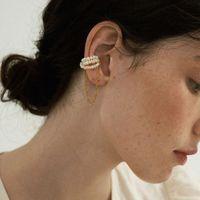 Nova moda brincos de pérola Feminino Retro Exagerada Brinco Personalidade de pérolas Cadeia Magnet Clipe de ouvido osso sem perfurado Brincos