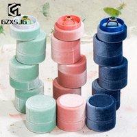 GZXSJG 10pcs / lot Whole vendas Velvet rodada jóias caixas verde rosa Caixas anel azul Presentes do acoplamento do casamento artesanal de noiva