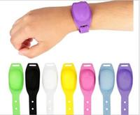 새로운 홈 손목 손 소독제 디스펜서 착용 할 수있는 손 소독제 분배 휴대용 팔찌 실리콘 Squeezy 팔찌 핸드 디스펜서