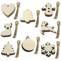 10 unids DIY DIY Adornos de Navidad de madera Adornos de Navidad de madera Decoraciones colgantes Discos de madera en blanco a granel con agujeros para la pieza central de artesanías