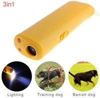 3 in 1 Ultrasonic LED Pet Dog Repeller Stop Bark Dog Training Training Dispositivo Anti Barking Torcia 2 colori 2020