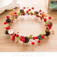 Dekoratif Çiçekler Çelenk El Yapımı 3D Noel Kırmızı Çelenk İmitasyon Berry Aksesuarları Çekim Sahne