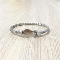 جودة عالية 100٪ نقية المقاوم للصدأ سوار كابل سلك الإسورة صفعة للنساء مجوهرات بالجملة اللون الفضي مع مربع