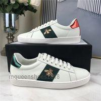 Top qualité Hommes Femmes Sneaker Chaussures Casual Chaussures Low Top Sneakers en cuir Ace Bee Stripes Chaussures de sport Marche Formateurs Scarpe