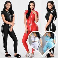 Mujeres Diseñadores Ropa 2021 Trajes Colorida Primavera Casual Mujer Moda Ropa de Moda Slim Fit Stitching Cinta T-shirt Pantalones Pantalones de 2 piezas Traje deportivo