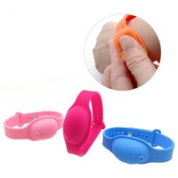 Holder Hand Sanitizer silicone ricaricabile Wristband Bracelet Hand Sanitizer Dispenser Wearable Sanitizering Dispenser del gel di viaggio NUOVO AHD1872