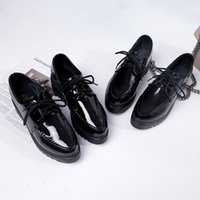Oxfords New Women Platform Brogue Flats Shoes Patent Leather Lace Up Pointed Toe Brand Female Footwear Shoes for Women Creepers