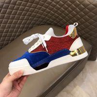 Diseñador de zapatos para hombre inferiores del rojo skate tachonado de Spike inferior de lujo Hombre Pisos diario casual skate zapatillas de deporte de lujo de zapatos tenis Size38-45