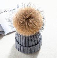 invierno verdadero adulto grande de piel pom poms gorritas tejidas del bebé de adultos gruesos Skullies cálido sombrero de tejer gorros
