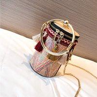 Borlas de las mujeres hombro hombro de una sola bolsa de cucharón tejido de paja nueva cadena de ocio nombre de ocio viento de moda amjth
